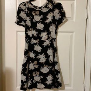 BB Dakota black floral dress
